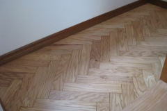 herring bone oak floor